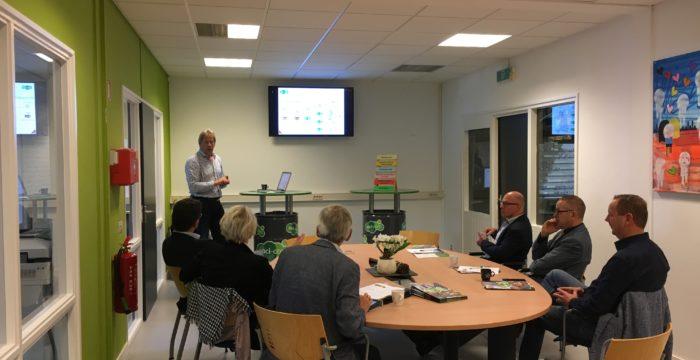 Gemeente Hellendoorn op bezoek bij Soci-Com